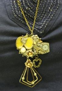4 - pendant (700x1024)