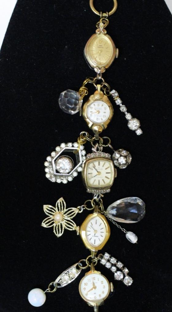 bracelet (563x1024) (563x1024)