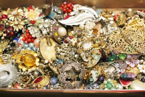 jewelry stash - 1 (1024x683)