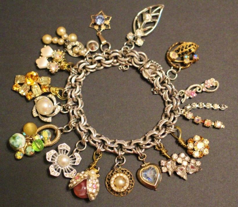 junque charm bracelet (1024x894)