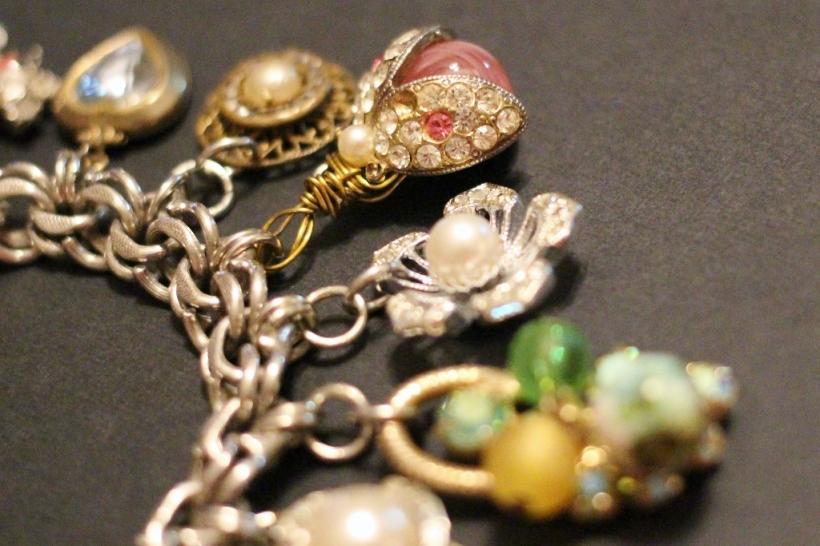 junque charm bracelet - cu (1024x683)