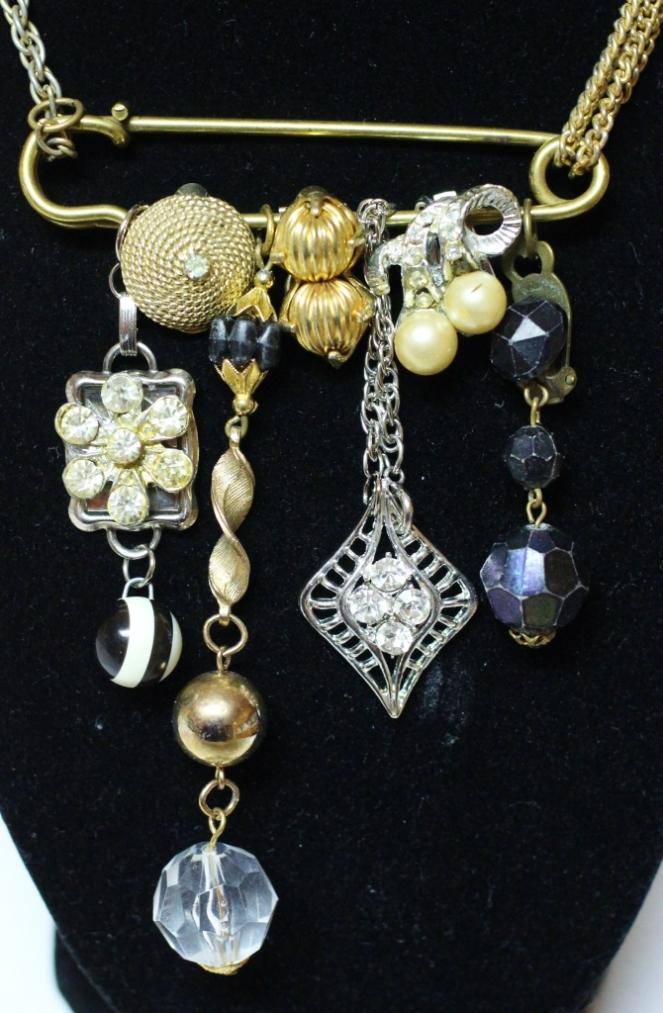 junque necklace 1 - cu (670x1024)