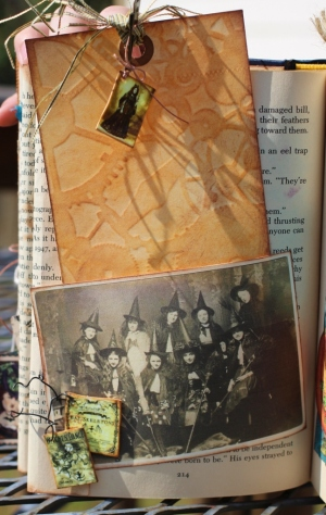 steampunk altered book - page 6 (647x1024)