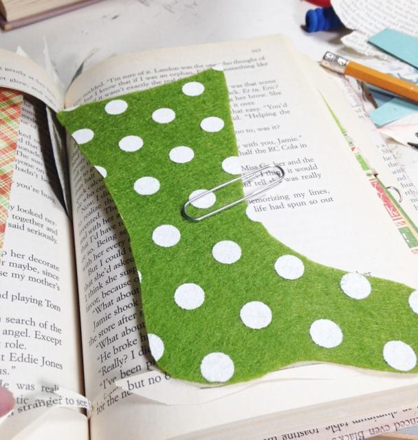 6 - stocking (608x640)